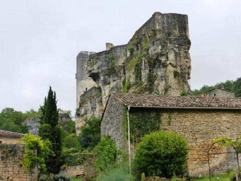 Gavaudun castle