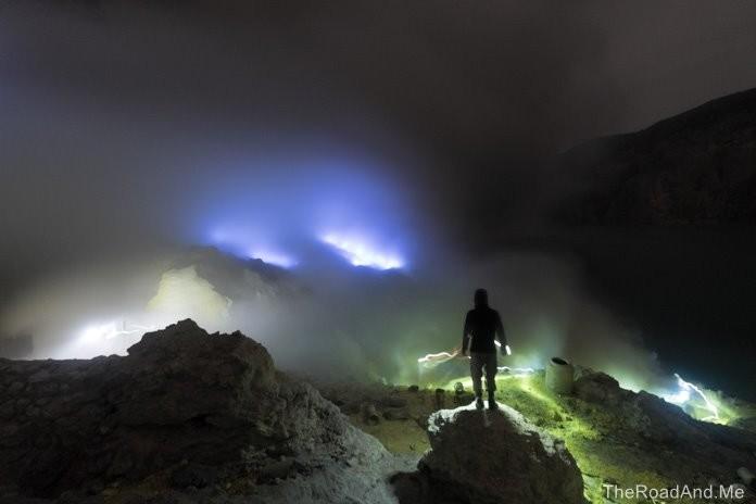 Volcan Ijen - Java (Indonésie) - Blog de Monsieur Kurtis (http://theroadand.me/project/ijen-a-la-rencontre-des-flammes-bleues)