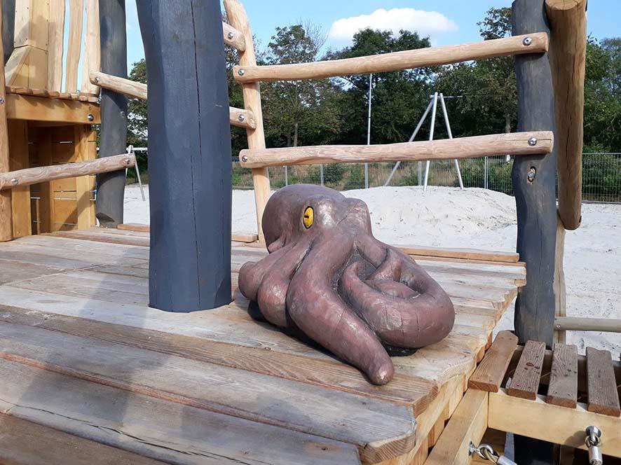 Details wie dieser Oktopus bereiten den kleinen Entdeckern besonders viel Freude.