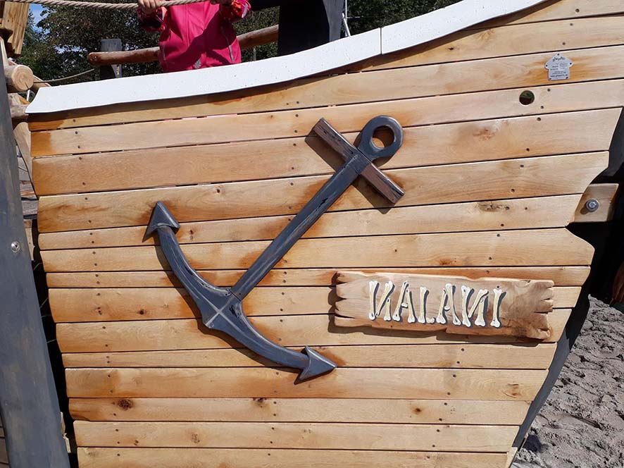 Das Schiff wurde nach der Bugschönheit Prinzessin Nalani benannt.