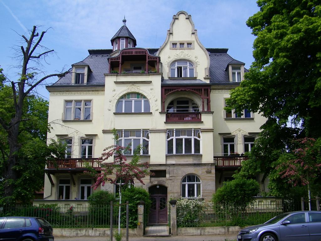 Fassadensanierung Dresden-Strießen, Anton-Graff-Straße (2011)