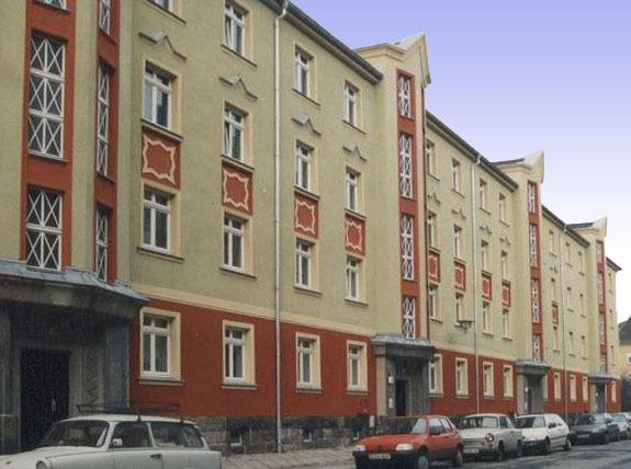 Modernisierung und Fassadensanierung MFH Dresden-Mickten, Bunsenstraße (1998)