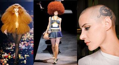 写真左:ソニアリキエル、パリコレクション 写真中:マーク•ジャコブ、アフロヘアーのかつら 写真右:ゴルチエのモデル