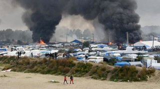 7.ジャングル撤去前に起きた数カ所同時火災
