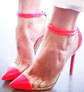 ピンク 靴