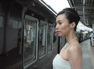 (C) 2011 「阪急電車」製作委員会