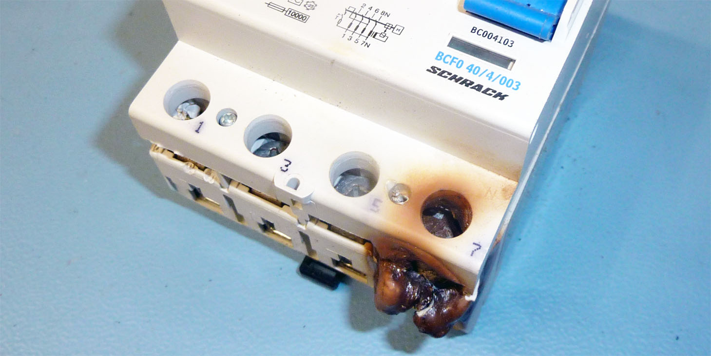 Neutralleiterunterbrechung durch Klemmenfehler im Hauptverteiler