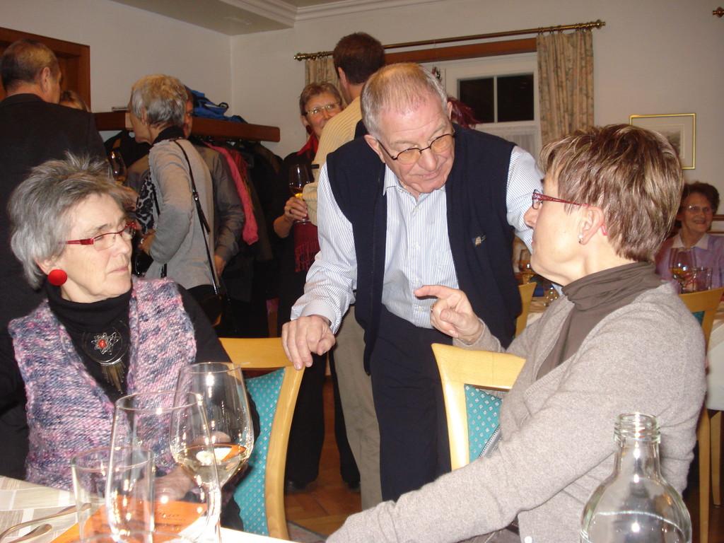 Fredy Lüthy im Gespräch mit Karin Bonderer und Lilo Strähl