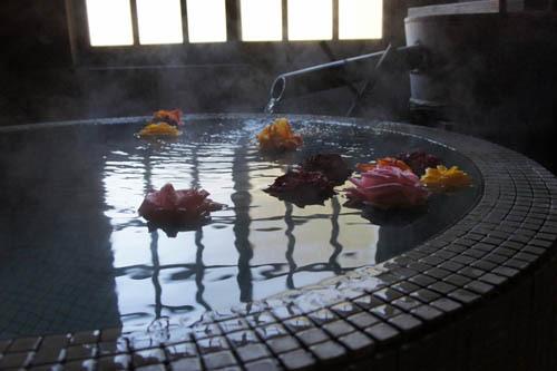 フォト:萬作屋のバラのお風呂