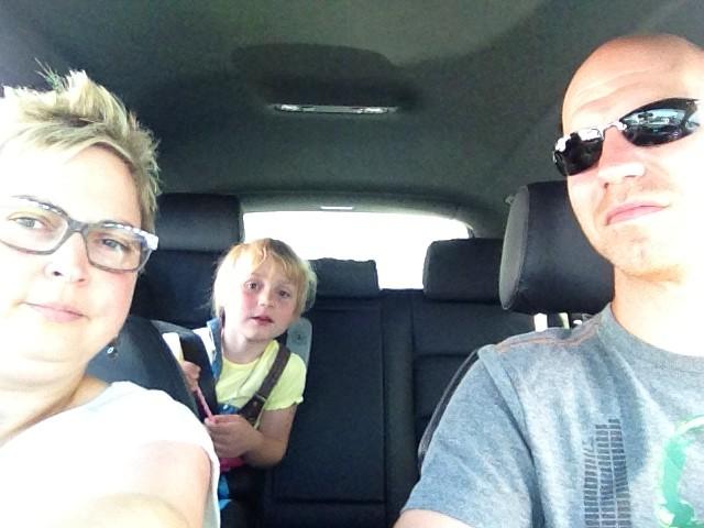 Wir fahren auf die Fähre! :)