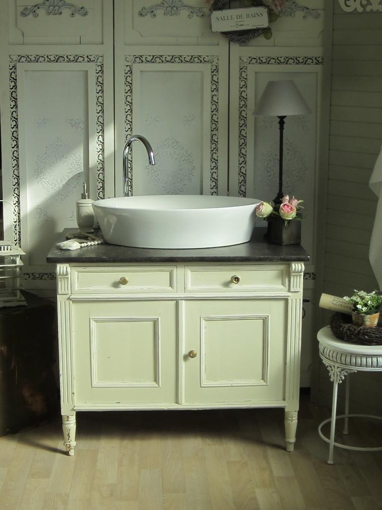 Antiker waschtisch mit marmor   land & liebe badmöbel landhaus