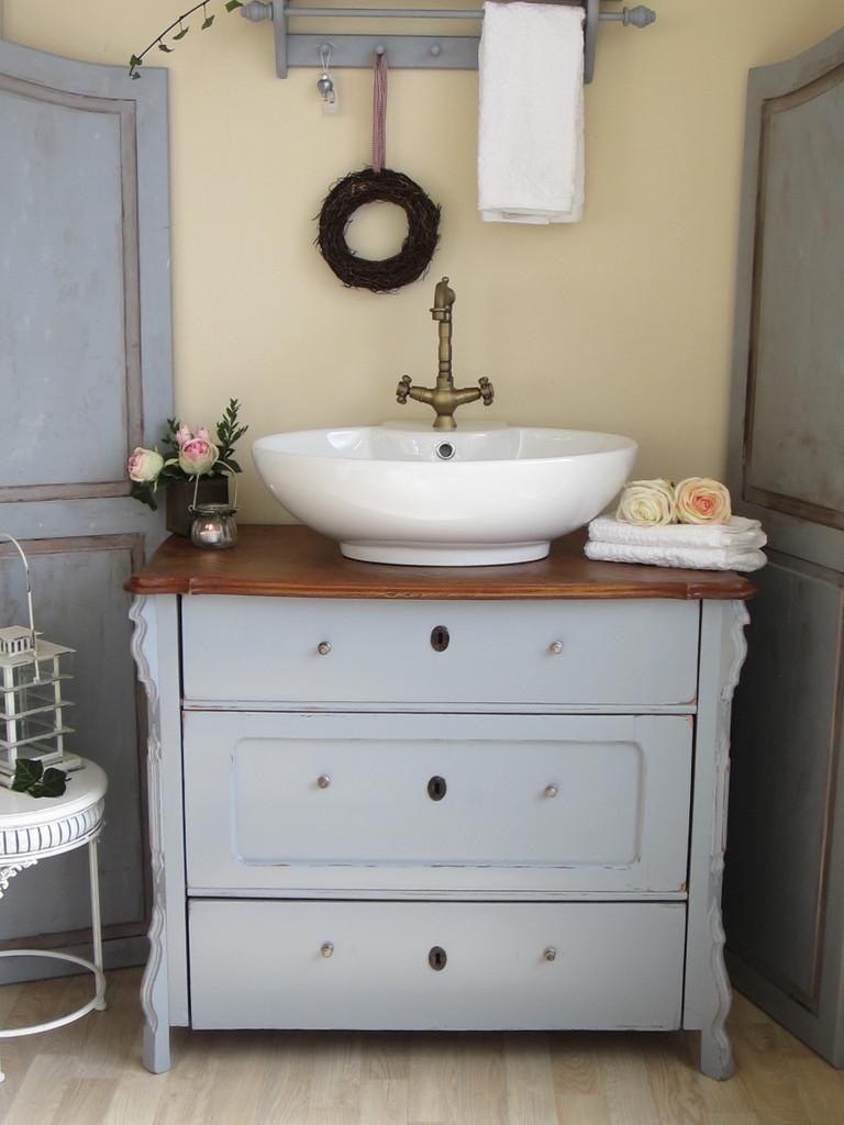 raum f r ihre referenzen land liebe badm bel landhaus. Black Bedroom Furniture Sets. Home Design Ideas