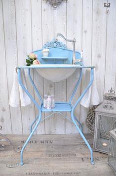 vintage waschtische funktionst chtig aufgearbeitet. Black Bedroom Furniture Sets. Home Design Ideas