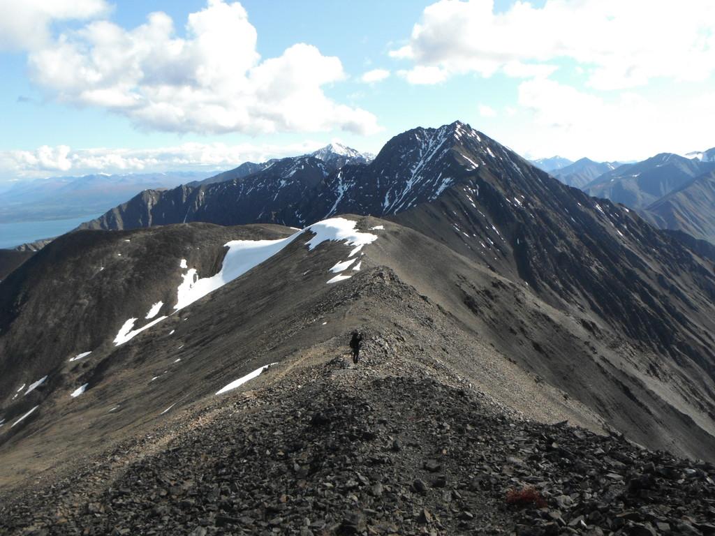 L'individu et la montagne.