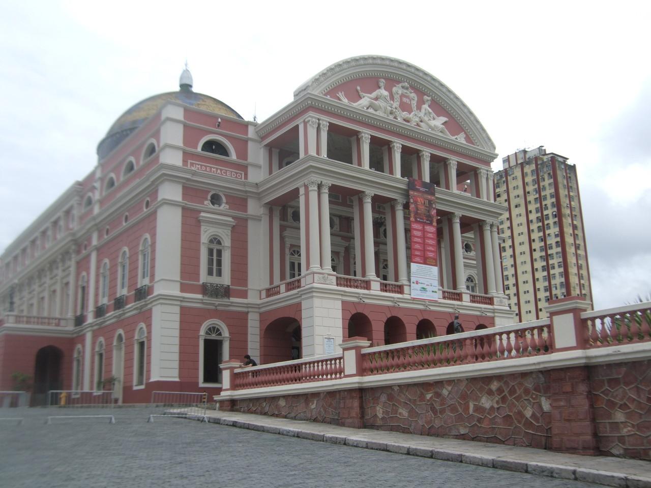Le fameux  Grand Theatre Amazonas!!!