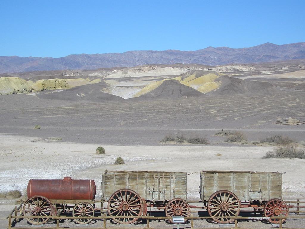 vieux train...immoble donc!
