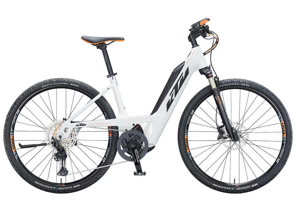 "2021 KTM Macina Cross 610 28"" PTS Lowstep"