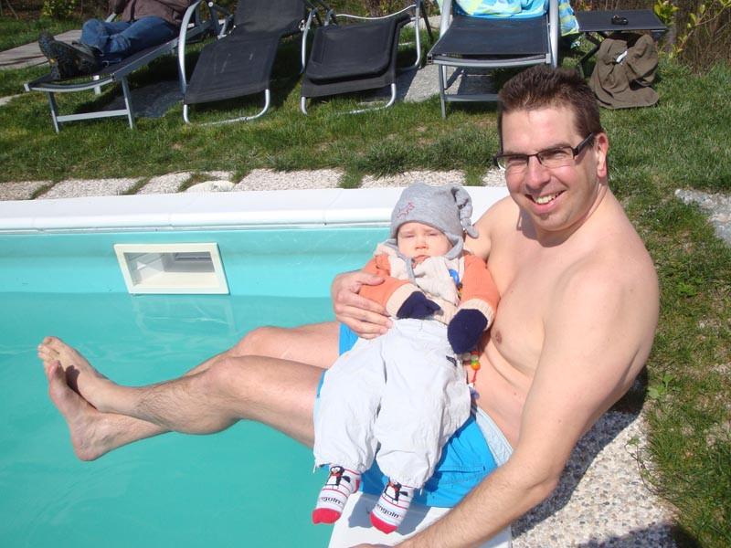 Daddy war einer der verrückten, die ins Pool gingen