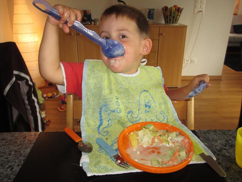 Und noch eine: Salat essen, vorallem Salatsauce