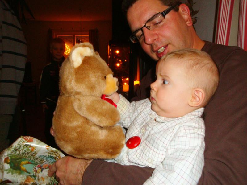 Das ist mein erster Teddy-Bär von meinen Grosseltern Speck