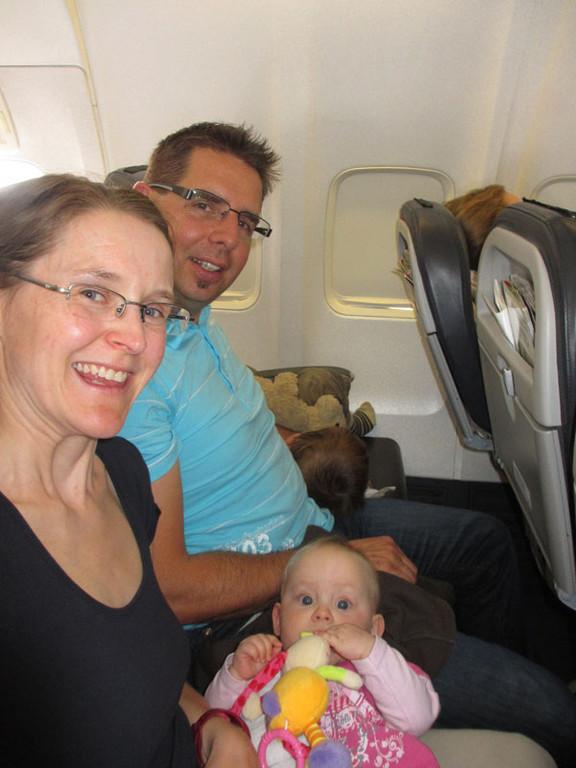 Mammi und Daddy sitzen bequem