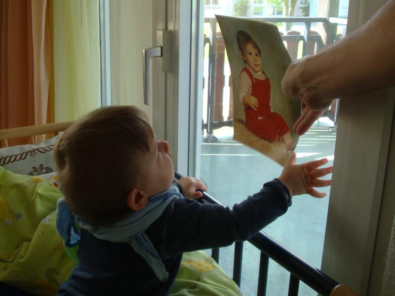 Mein Daddy als er 1 Jahr alt war - sieht mir sehr ähnlich =)