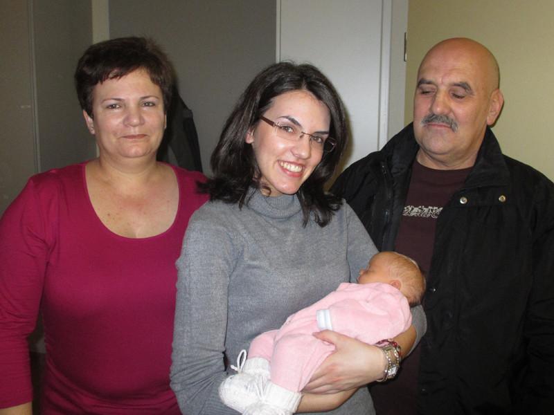 Unsere Nachbarn: Eugenia, Liliana und Manuel