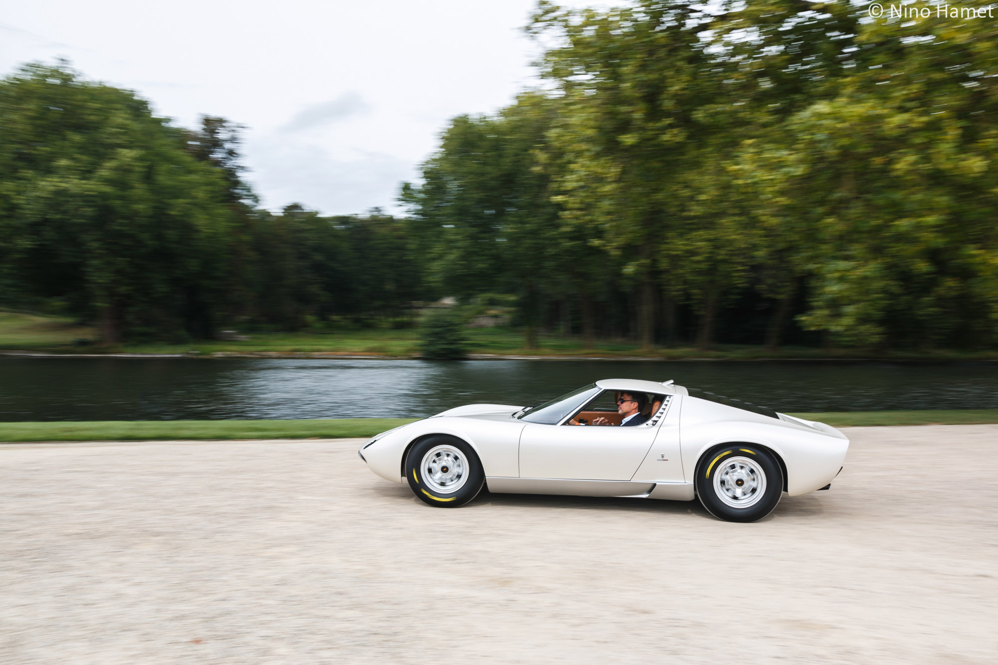 "Cinquantenaire de la Lamborghini Miura P400 (Salon de Genève 1966), prix spécial du Jury : Lamborghini Miura ''Prototype"" 1966 (Collection Caveng)"