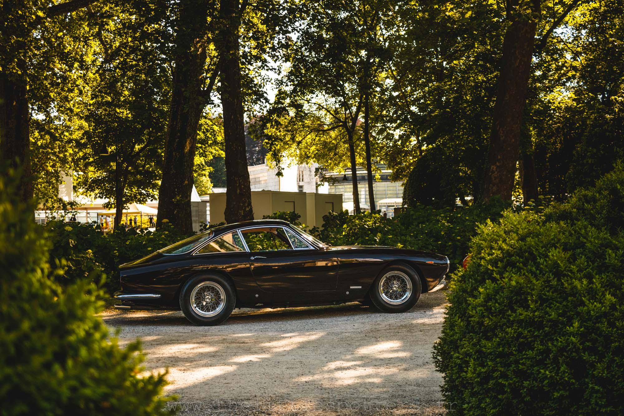 Ferrari 250 GT Lusso, vendue pour 1 428 000 euros.