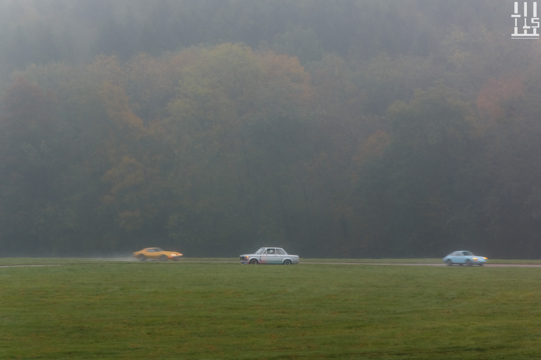BMW 2002 Turbo, en panne ! - Journées d'Automne 2015, Circuit des Ecuyers.
