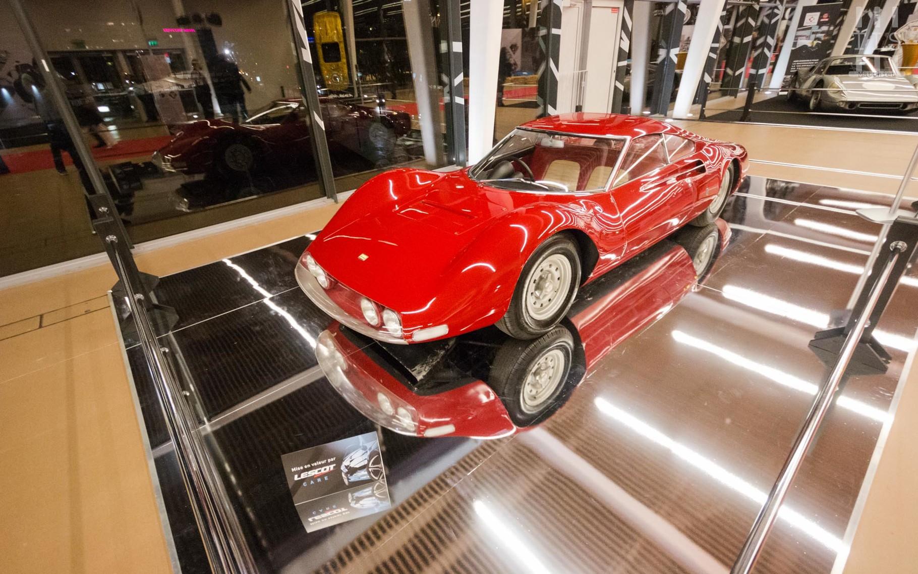 Ce prototype Dino, la Dino Berlinetta Speciale, préfigure la 206 GT puis la 246 GT. Artcurial la mettra en vente aux enchères lors de l'édition 2017 de Rétromobile !