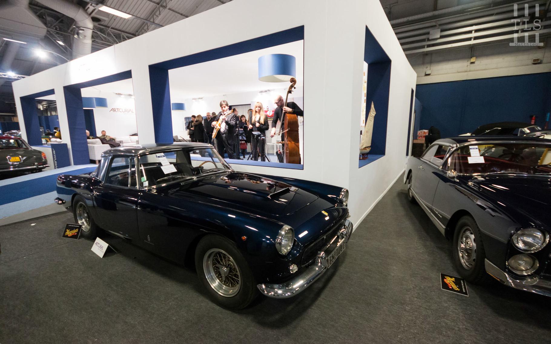 Ferrari 250 GT Cabriolet Pininfarina Serie II : estimée entre 1 400 000 et 1 800 000 euros, invendue.