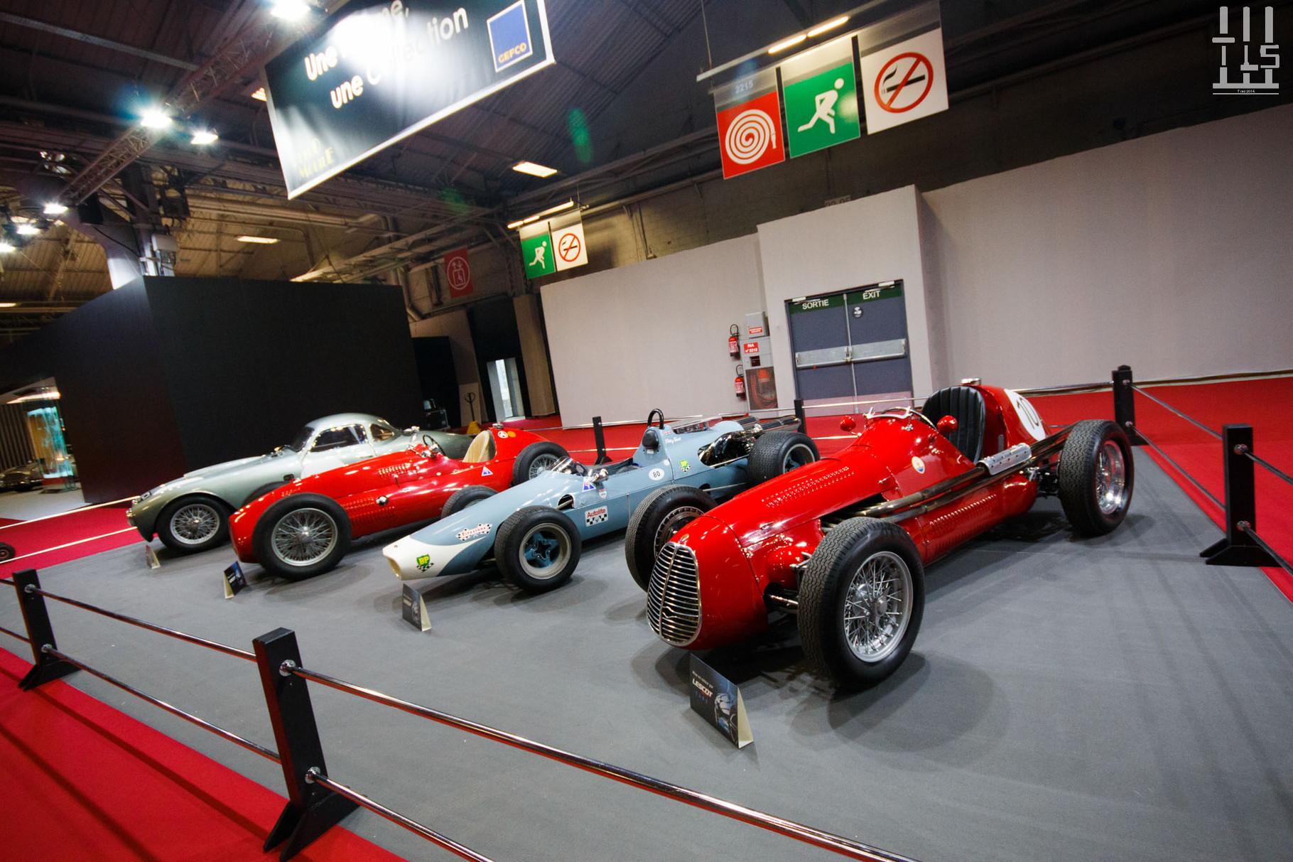 """De gauche à droite : Frazer Nash Le Mans Coupe, Alta 1.5L GP, McLaren M3A, Maserati A6 GCM. Stand """"Une femme, une collection"""" - Rétromobile 2016. La propriétaire de ces belles autos se nomme Julia, elle possède une collection d'autos éclectique."""