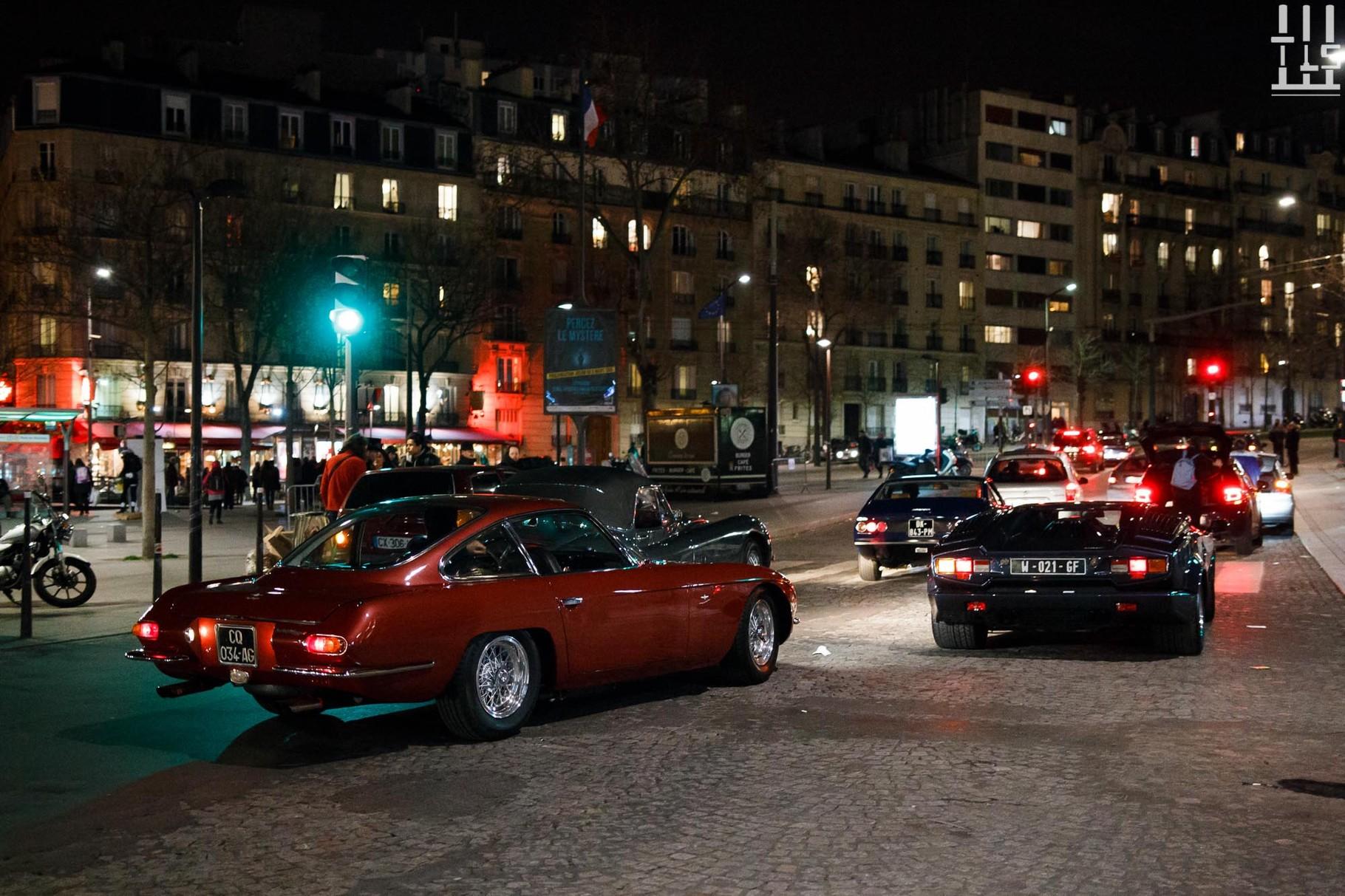 La troupe d'Eleven Cars dit adieu au salon : Lamborghini 350 GT, Lamborghini Countach 25th Anniversary, Ferrari 365 GTC/4.