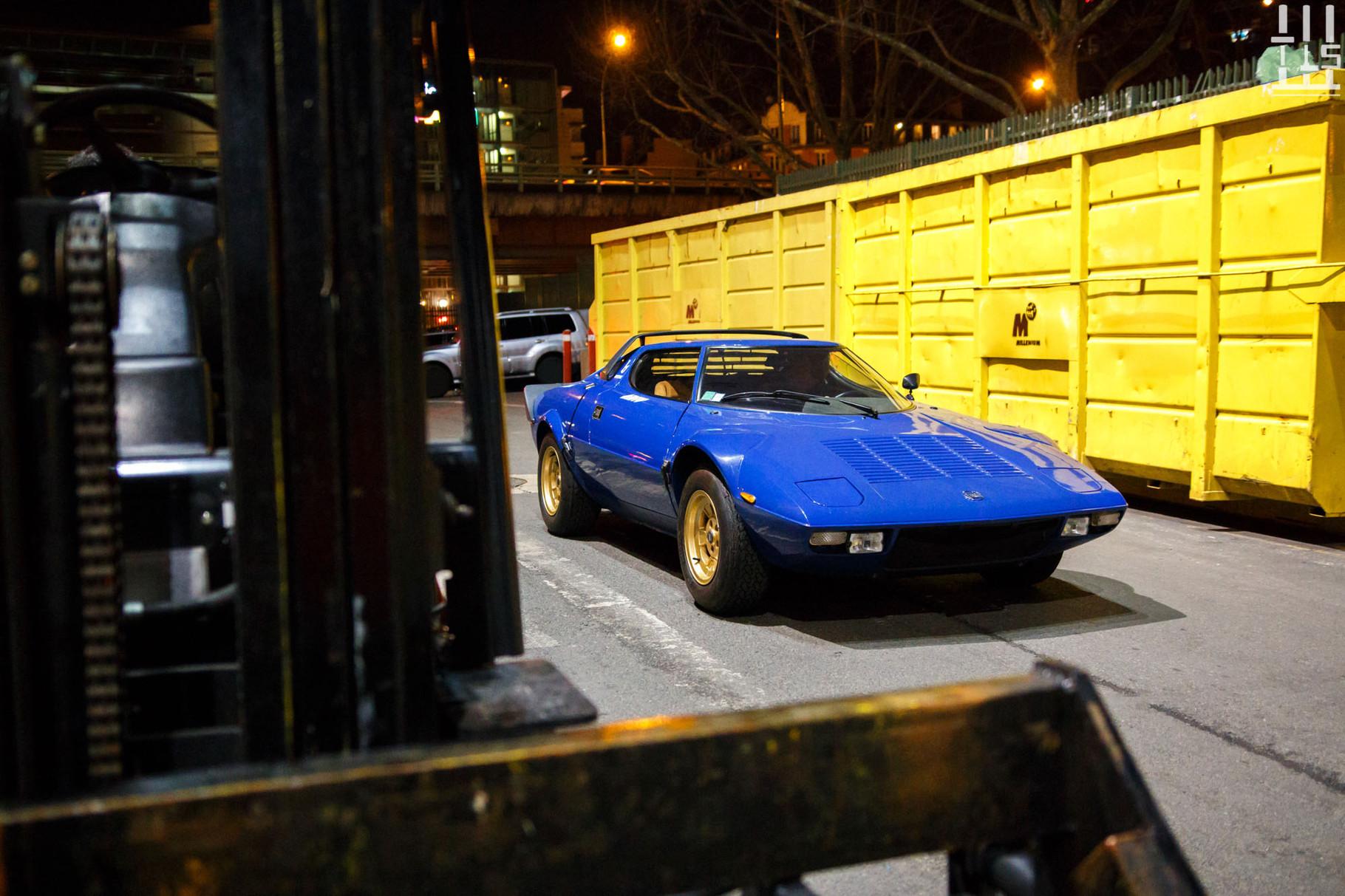 Resplendissante Lancia Stratos.