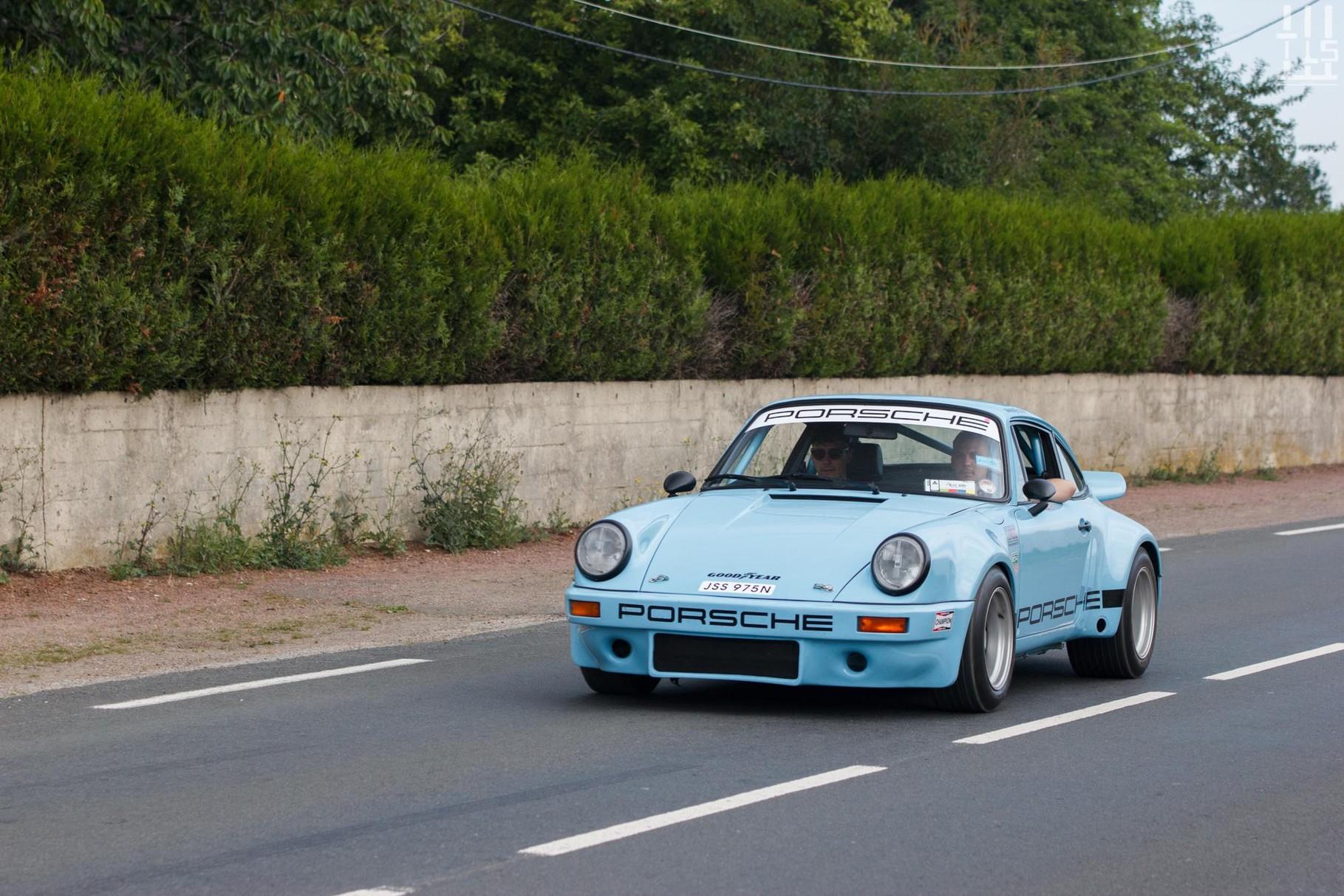 Porsche 911 RSR.
