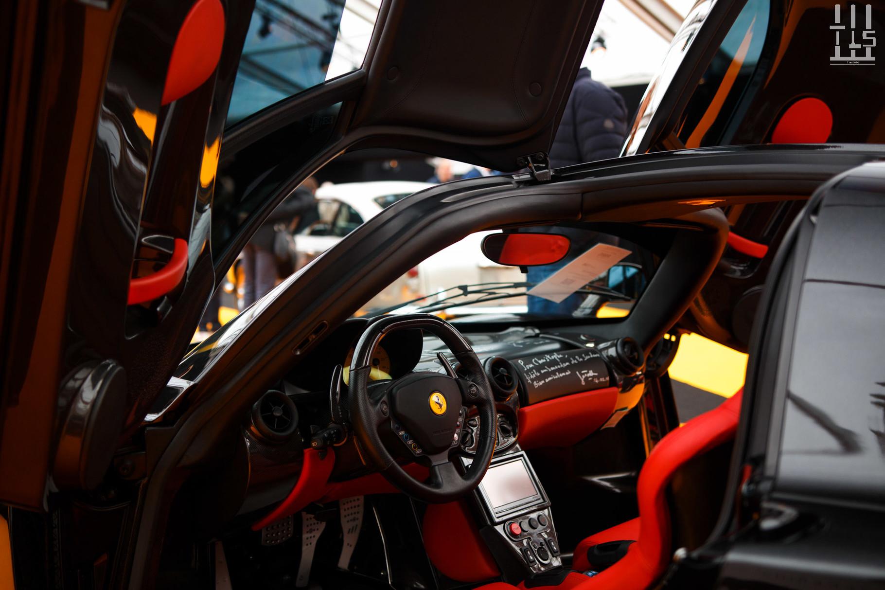 Ferrari Enzo, vendue à 1 568 000 euros.