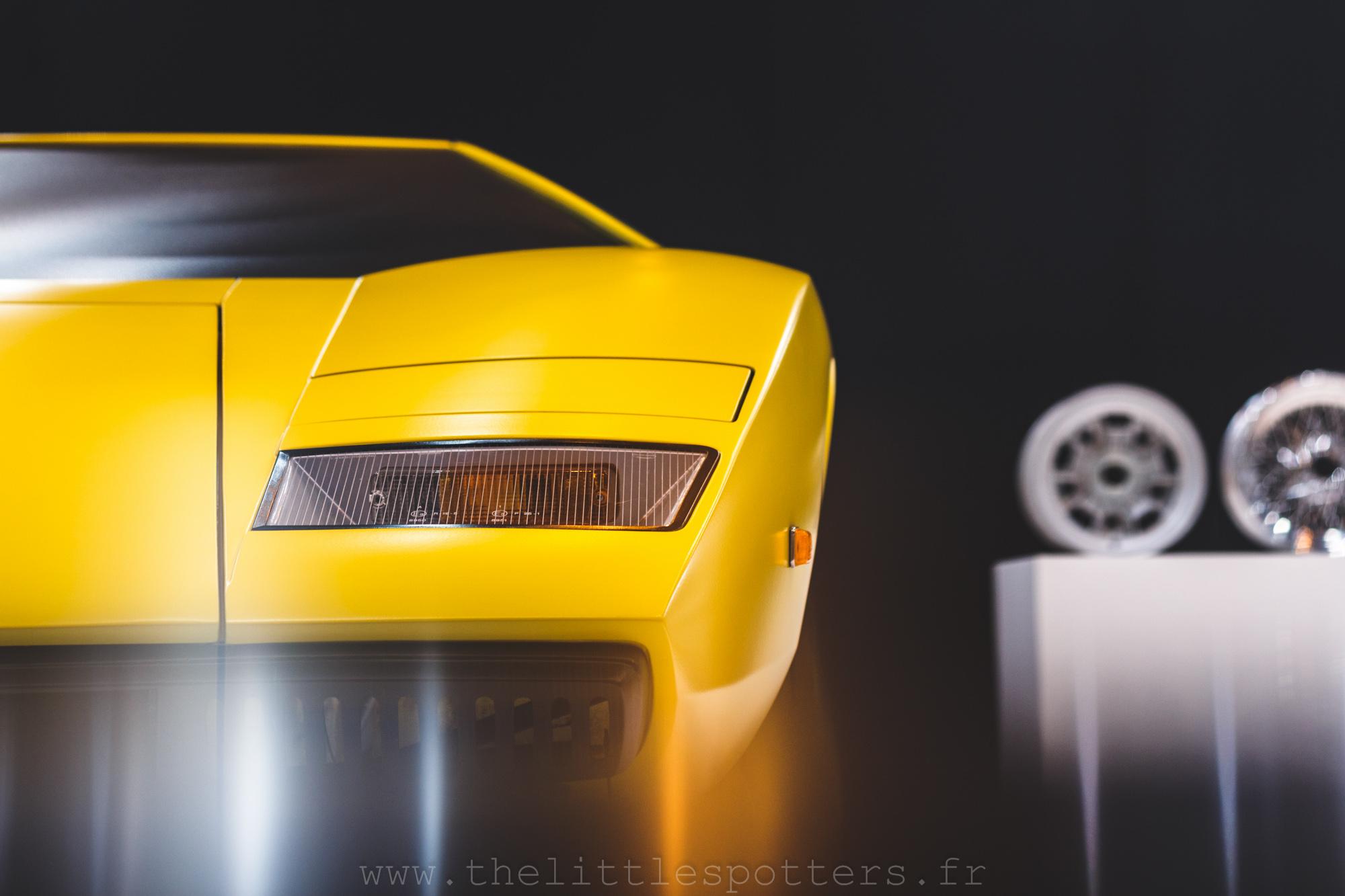 Lamborghini Countach LP400 Periscopio