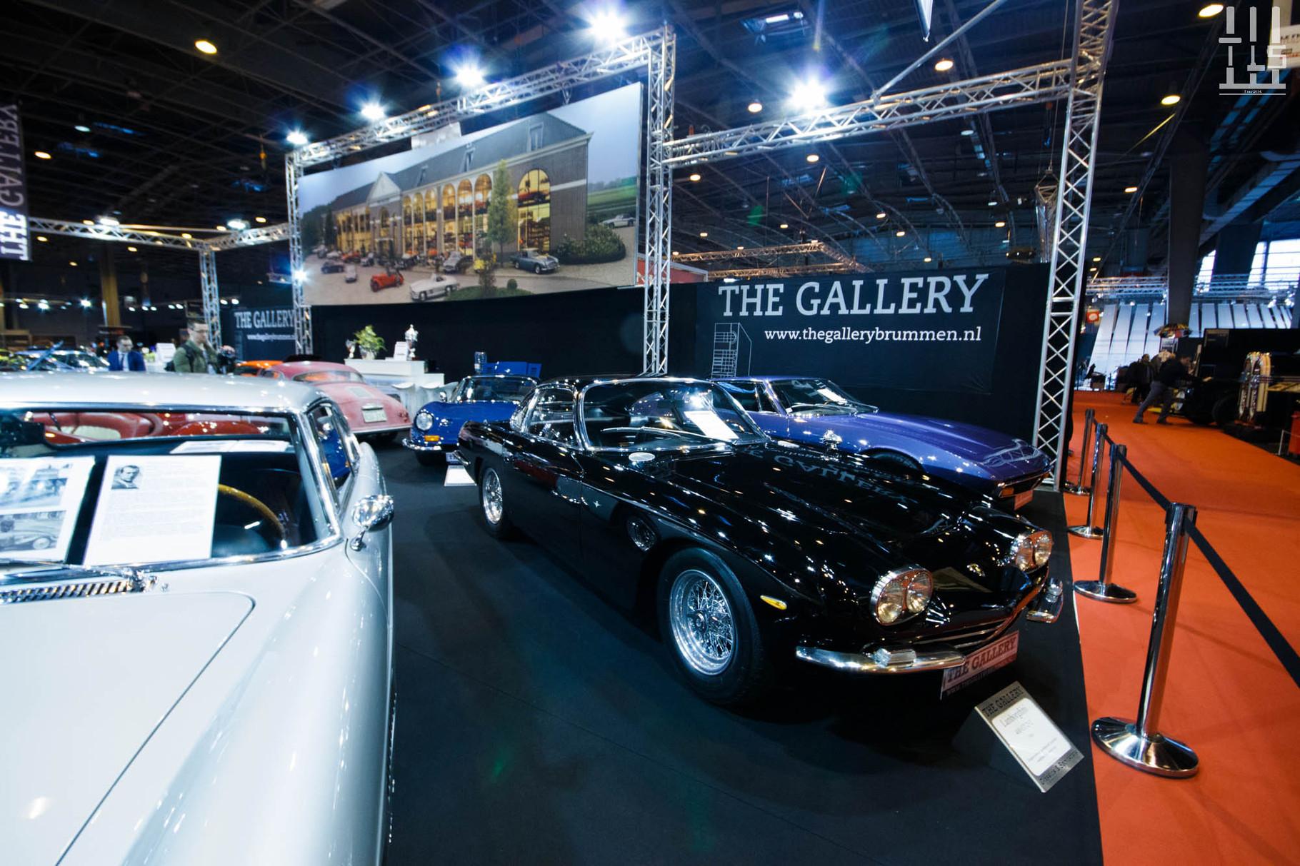 """Chez les Néerlandais de """"The Gallery"""", deux Lamborghini 350 GT dont celle-ci."""