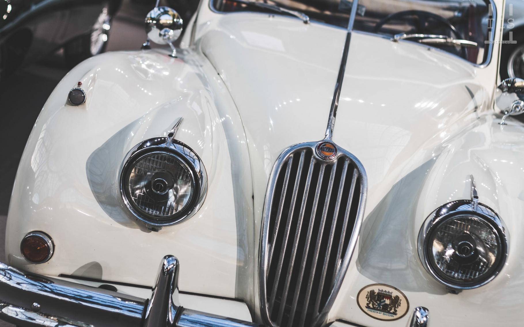 Jaguar XK140 SE Cabriolet, vendue à 81 500 euros.