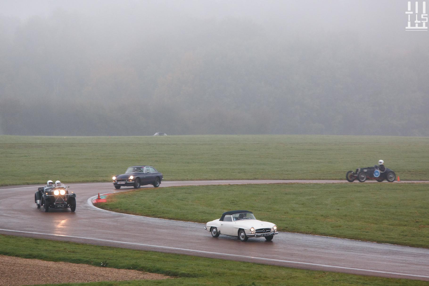 Mercedes-Benz 190SL, entre autres... - Journées d'Automne 2015, Circuit des Ecuyers.
