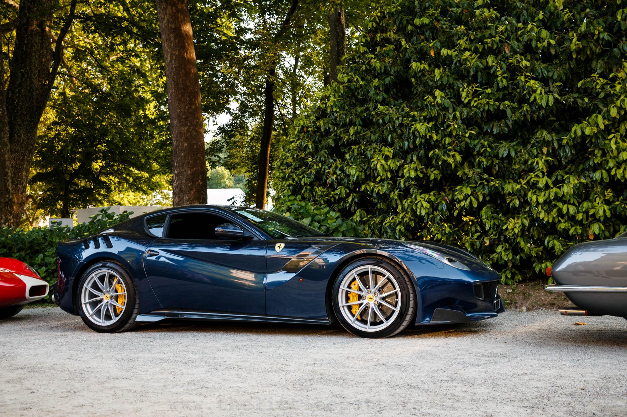 Ferrari F12 TDF, estimée entre 750 000 euros et 800 000 euros, elle atteindra seulement 675 000 euros.