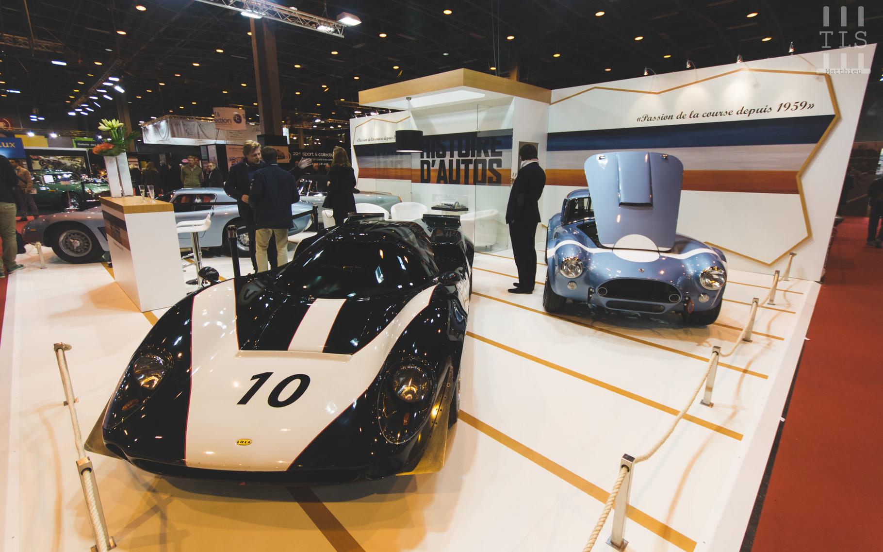Chez Histoires d'Auto, toujours de belles autos ! On a droit cette année à une Lola T70 ou encore une AC Cobra.