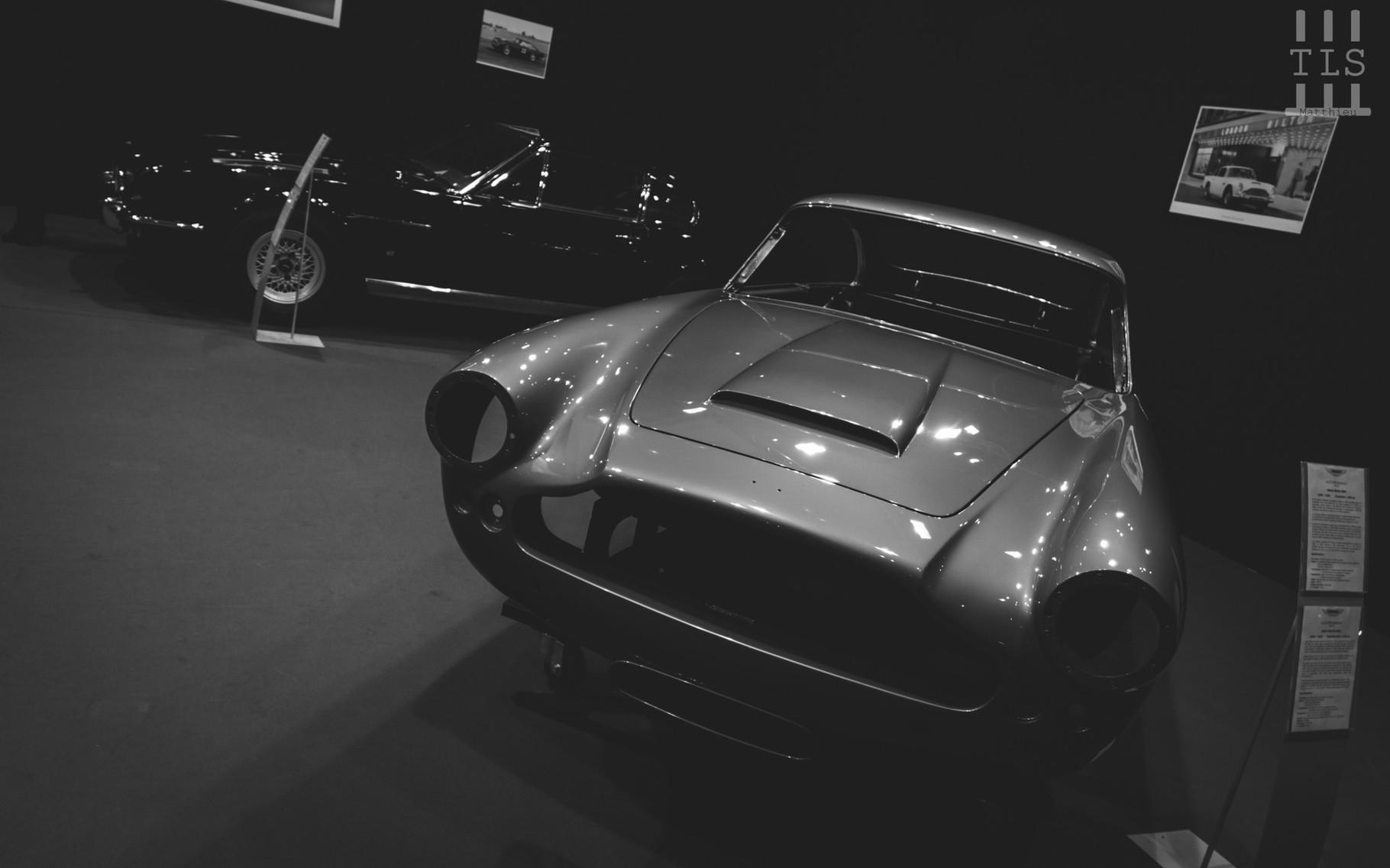 Une autre auto qui effectue elle aussi une trève le temps du salon : ce n'est pas un soucis, cette Aston Martin DB4 sera prochainement superbe, on n'en doute pas !