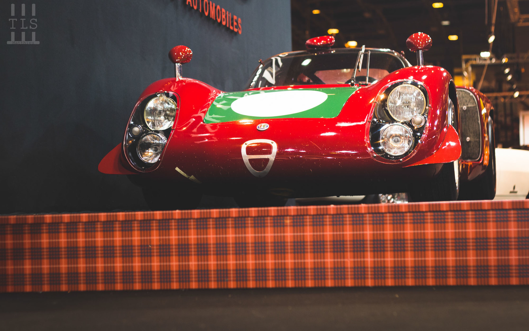 Alfa Romeo Tipo 33/2 Daytona Coupé châssis 019, stand Fiskens, Rétromobile 2016
