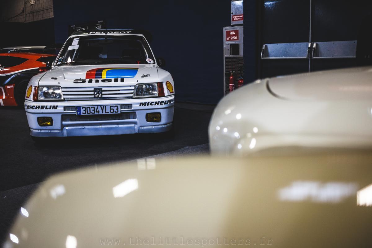 Magnifique Peugeot 205 Turbo 16 que le propriétaire possède depuis un certain temps.