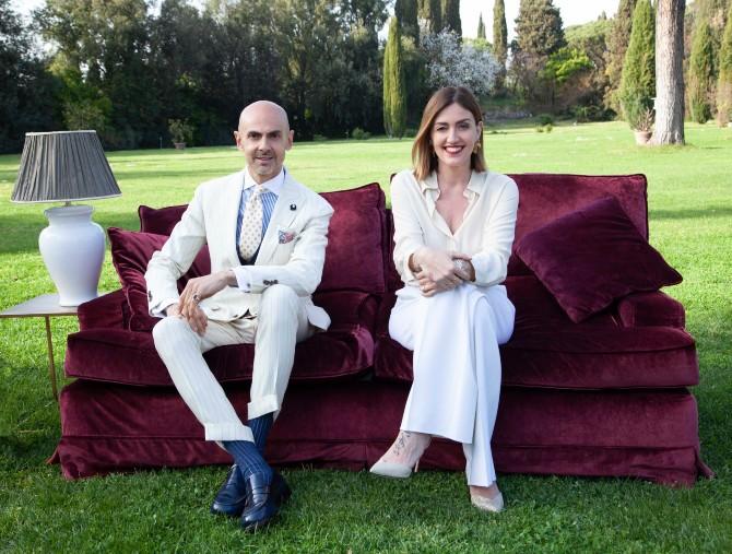 Cortesie in famiglia, con Enzo Miccio e Chiara Maci