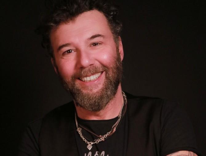 Paolo Vallesi live a Villa del Bene, in streaming