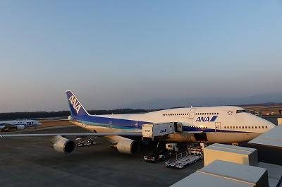 新型787とのツーショットこのシーンも最後