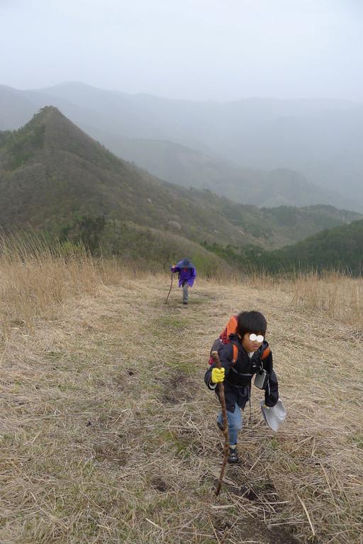 後ろの山がトンギリ山、おもしろい名前です